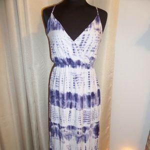 ONE CLOTHING Sz S Sleeveless Blue and White DRESS